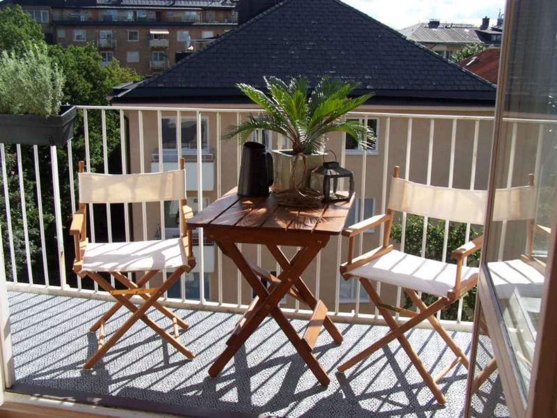 Интересные идеи для оформления небольшого балкона.