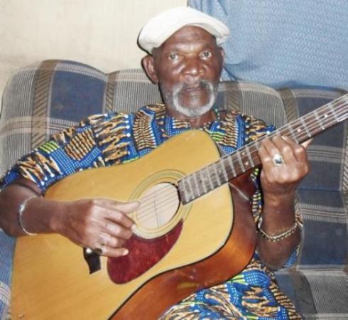 Sad news! Veteran highlife musician Fatai Rolling Dollar dies at 85
