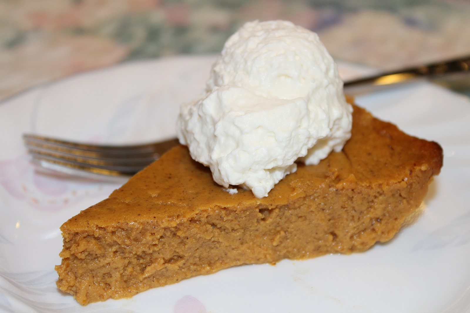"THE SPUNKY COOKIE: CRUSTLESS PUMPKIN ""PIE"""