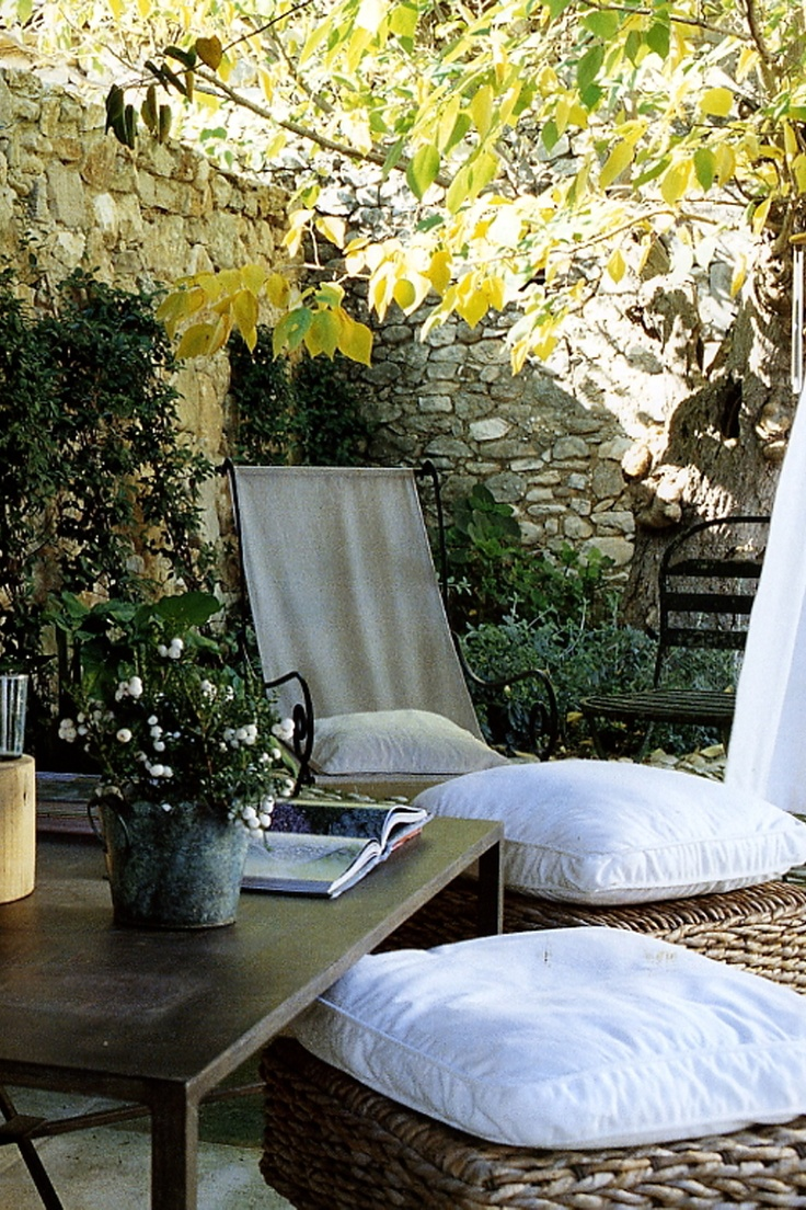 "La Bastide de Marie - collected by linenandlavender.net for ""Alfresco-Outdoor Living"" -  http://www.linenandlavender.net/2014/04/inspiration-file-outdoor-living.html"