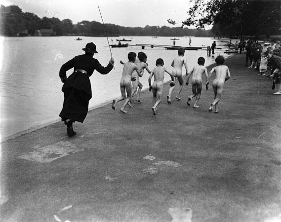 A gang of skinny dippers 1926