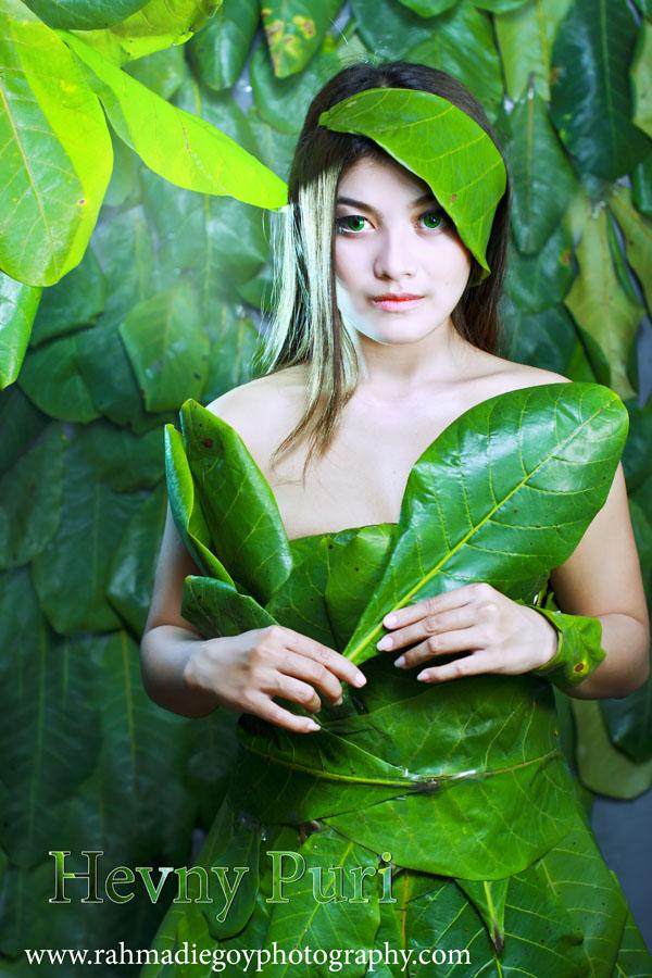 foto model konsep daun hijau 8