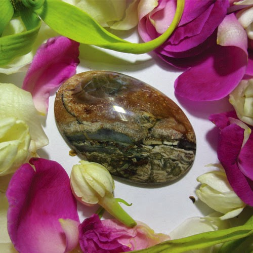 Pemaharan Mustika cakra, batu bertuah ,Benda Ghaib, Pusaka asli, Azimat Berkodam, Mustika Condro Warno