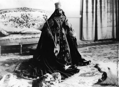 http://3.bp.blogspot.com/-1nqjX6NebtE/UdFb9FSZvoI/AAAAAAAAGjI/QQb6ysOREpY/s639/Emperor+Haile+Selassie+I+of+Ethiopia+(4).jpeg