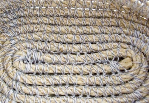 fond du Custom Rope Basket d'Esther Chandler