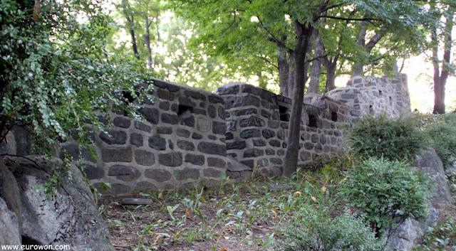 Muralla de Seúl en la montaña Namsan