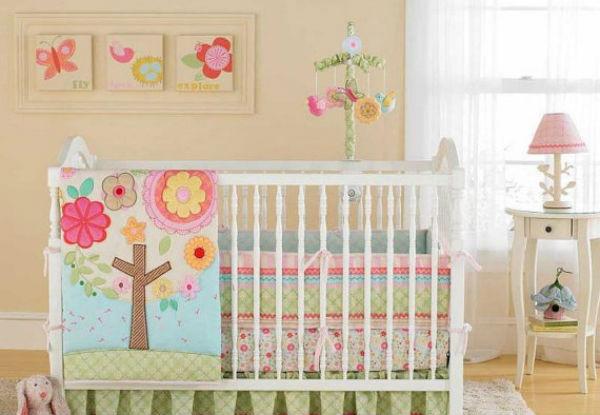 Cuarto decorado para beb ni a colores en casa - Habitacion de bebe nina ...