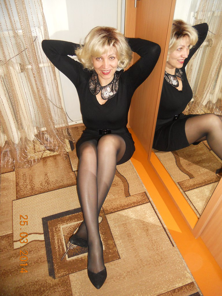 Must have mature women in heels and pantyhose amazing sexy