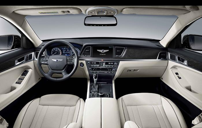 Hyundai Sedán Génesis Premium