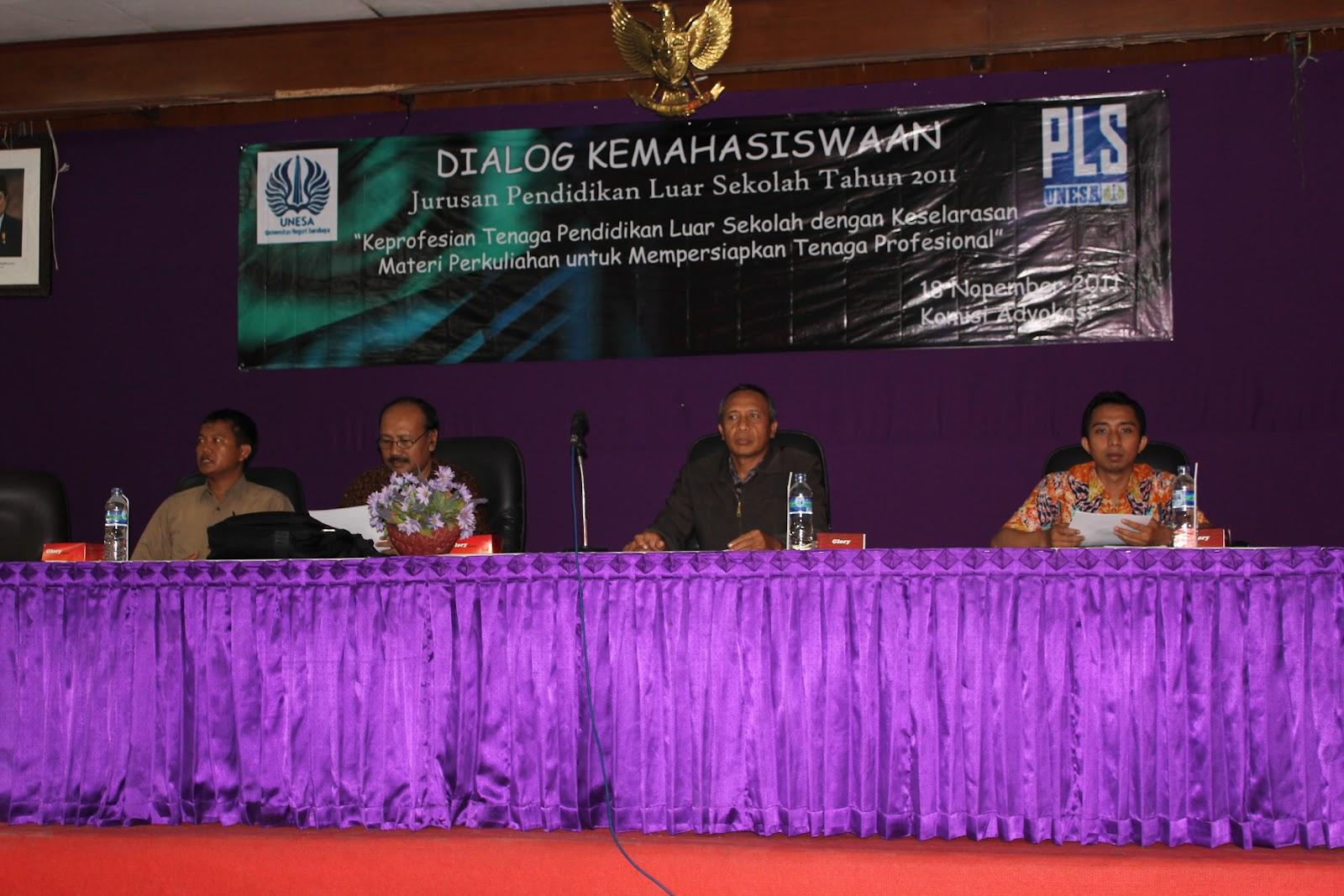 Dialog Kemahasiswaan Jurusan PLS Unesa