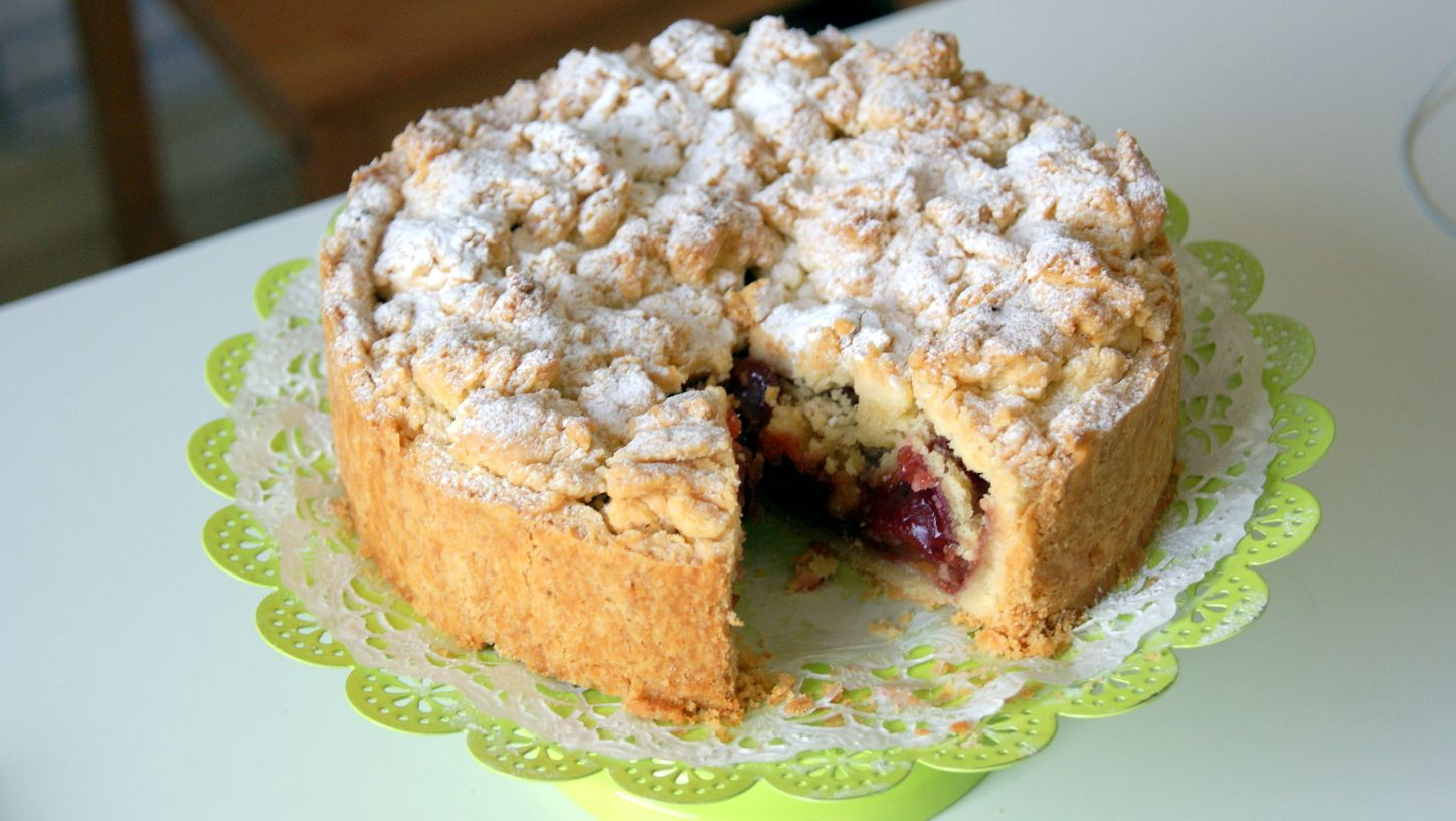 ... , Masala & Co..: German Kirsch Streuselkuchen- Cherry streusel pie