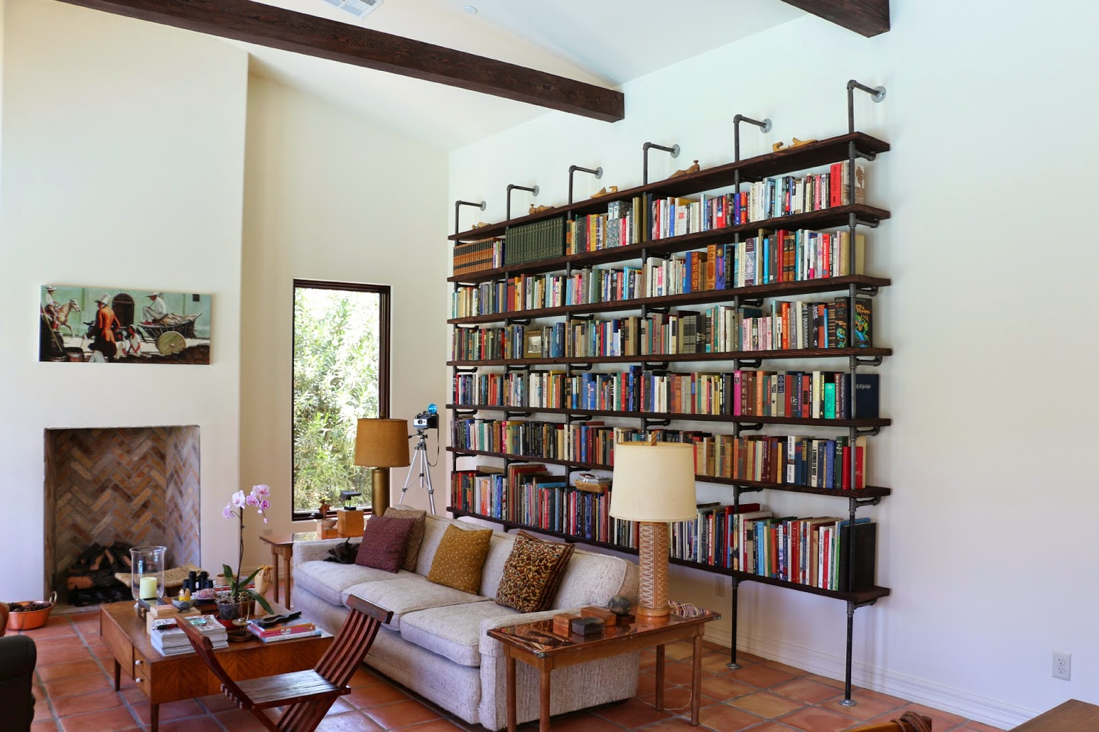 pipe bookshelves, diy bookshelves