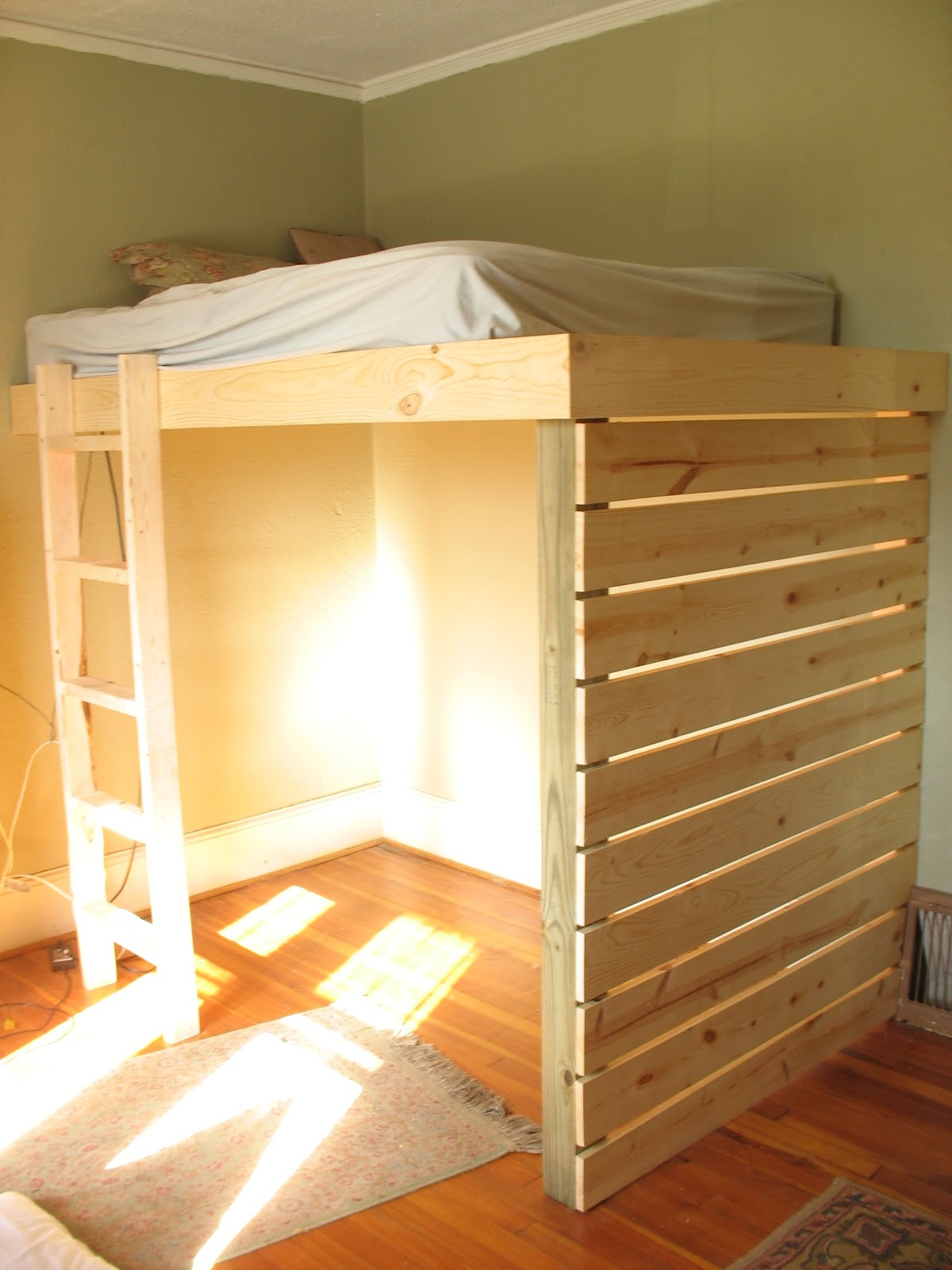 Micmac interiors loft bed for Simple bed diy