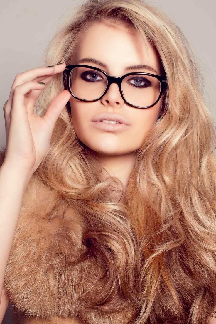 kapsels en haarverzorging bril montuur trends winter 2015 brillenmode. Black Bedroom Furniture Sets. Home Design Ideas