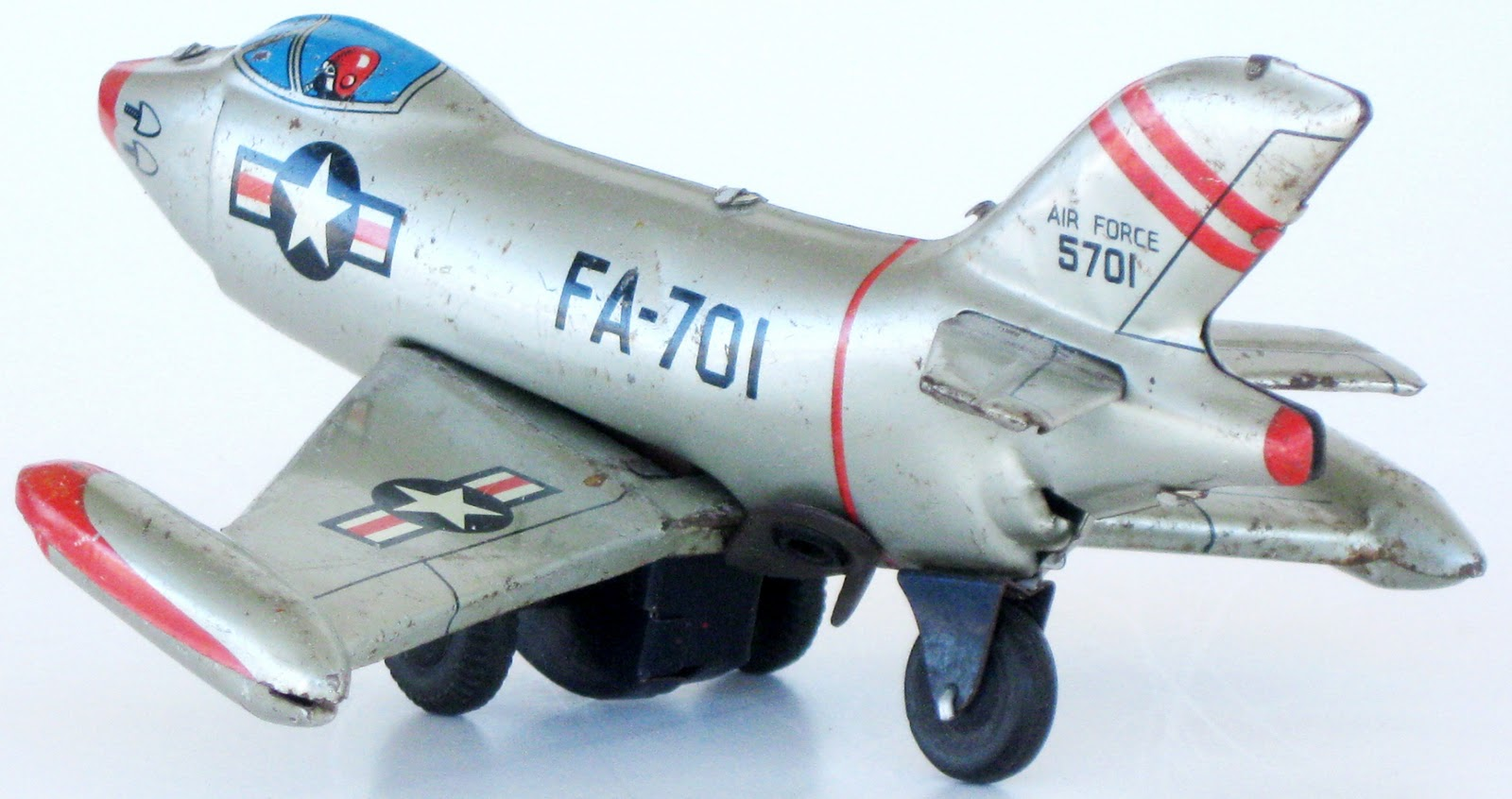 http://3.bp.blogspot.com/-1pAdj6j7Rmw/TxH7RY669iI/AAAAAAAAGyw/IDlmaPHdln4/s1600/Linemar+5th+AF+F-86+Sabre+29.JPG