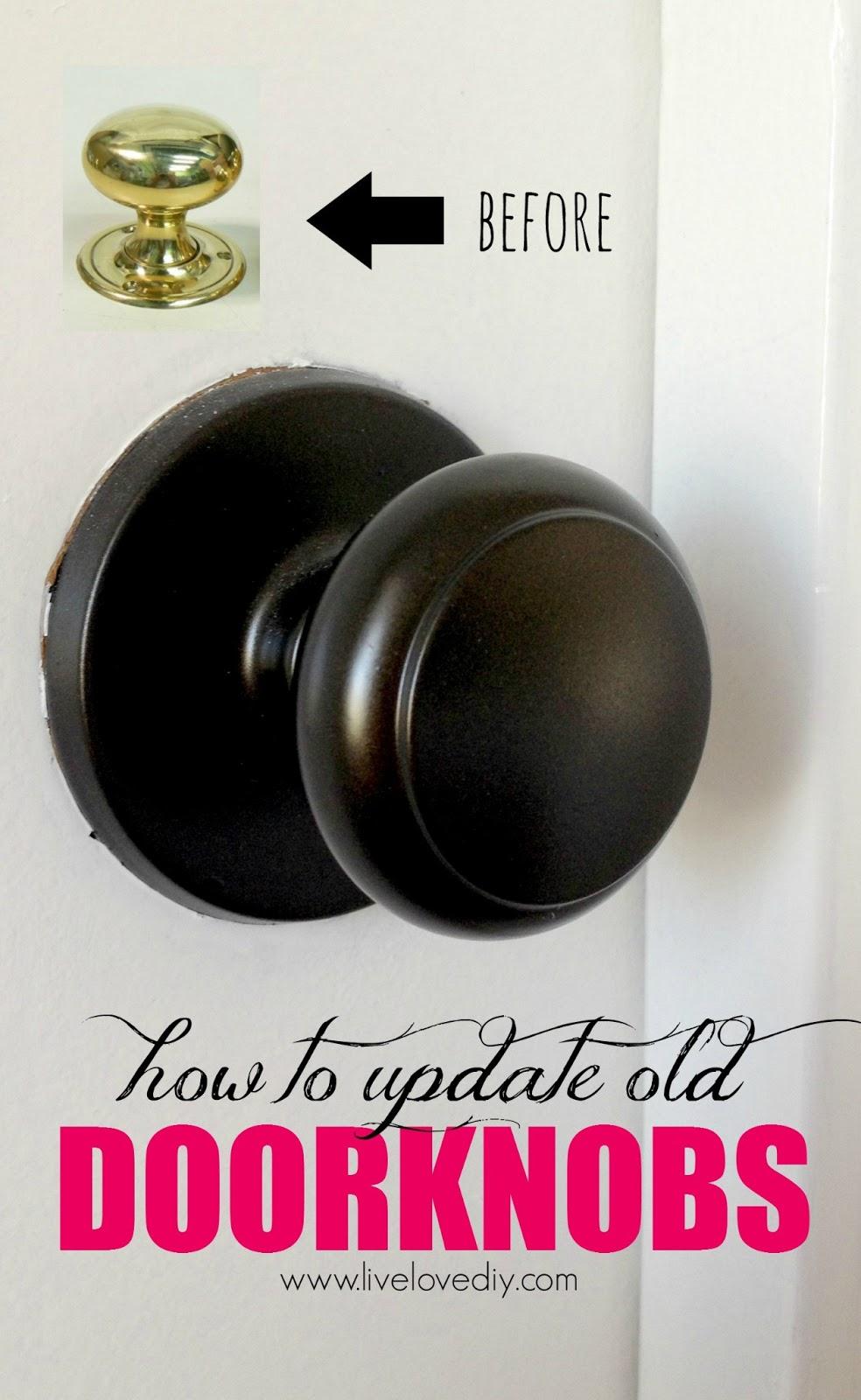 door hardware makeover rust oleum metallic oil rubbed bronze spray. Black Bedroom Furniture Sets. Home Design Ideas