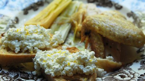 FOOD: Herb-butter roasted chicken, braised leeks and warm lemon zest ...