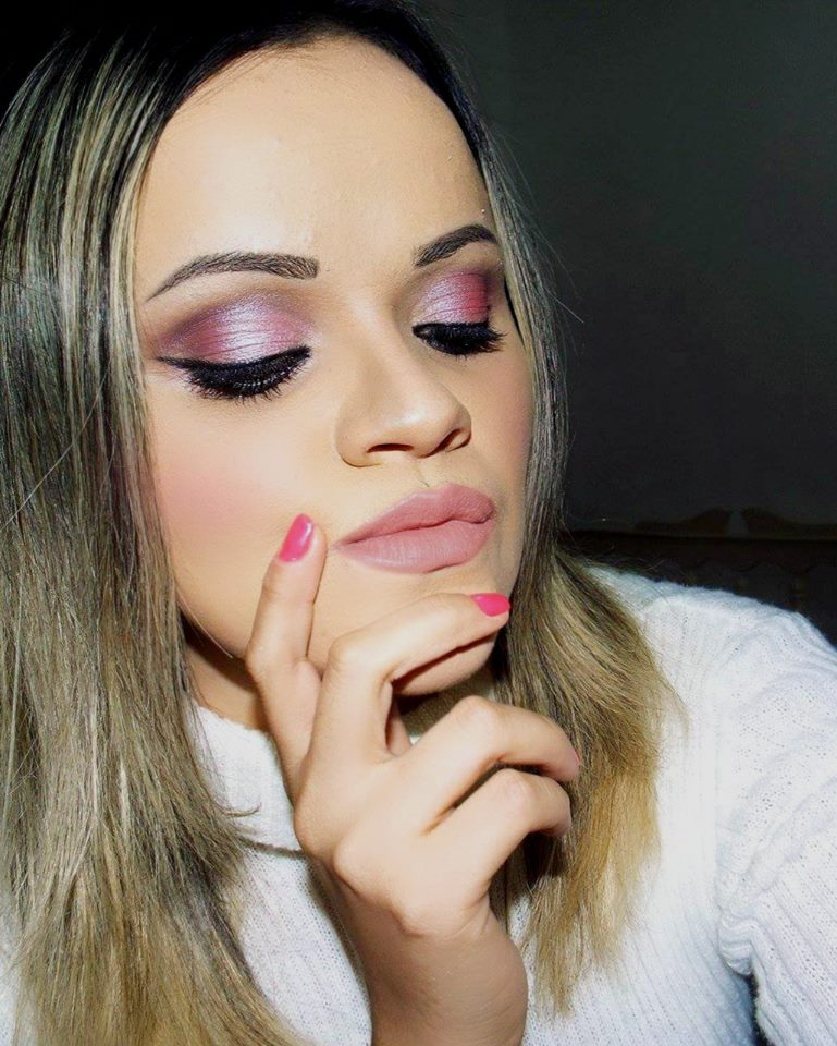 Maquiagem em Tons Rosa