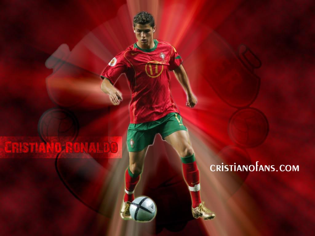 http://3.bp.blogspot.com/-1plhJUhnkIQ/T-yOuF2ZOyI/AAAAAAAAAQU/4dMTEjbBNps/s1600/Cristiano-Ronaldo-Wallpaper-010.jpg