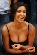 Kim Kardashian Baby Bump Photo Earn $300.000