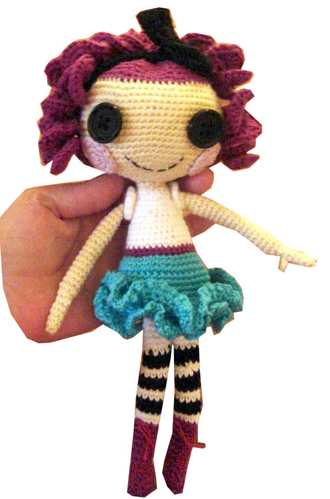 Crochet Wedding Dolls Pattern : Quirky Artist Loft: Free Pattern: Crochet Lalaloopsy
