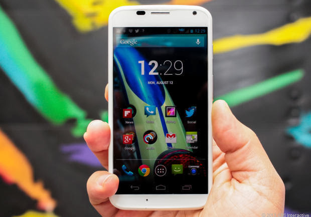 AT&T Moto X includes several features and updates