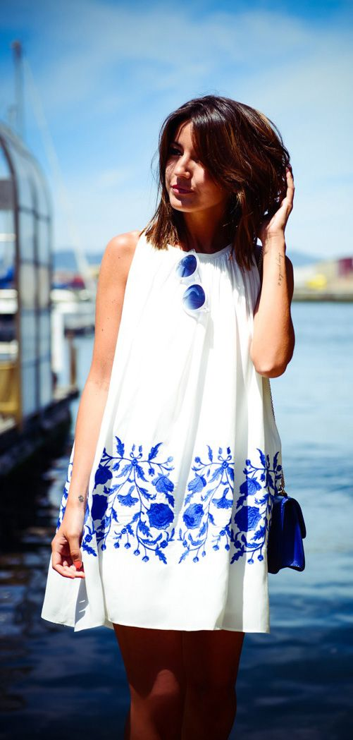 Printed blue white summer dress