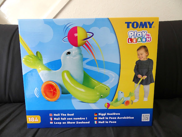 TOMY new Play to Learn Toy, Neil the Seal, no batteries toy