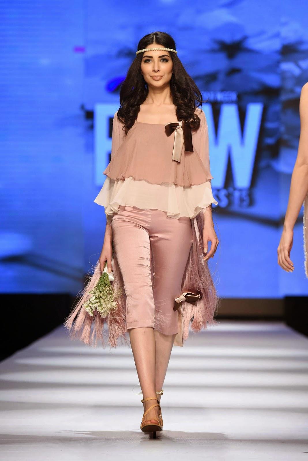 sabeeka imam Sadaf Malaterre Telenor Fashion Pakistan Week Day 1
