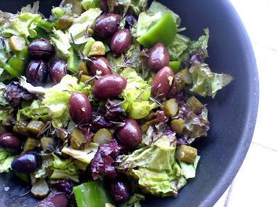 Kalamata Olives, Lettuce, and Green Pepper Salad