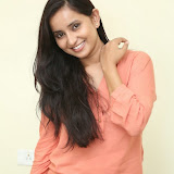 Ishika Singh New Photos 31
