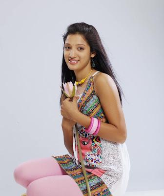 Richa Panai Hot Photo Shoot gallery