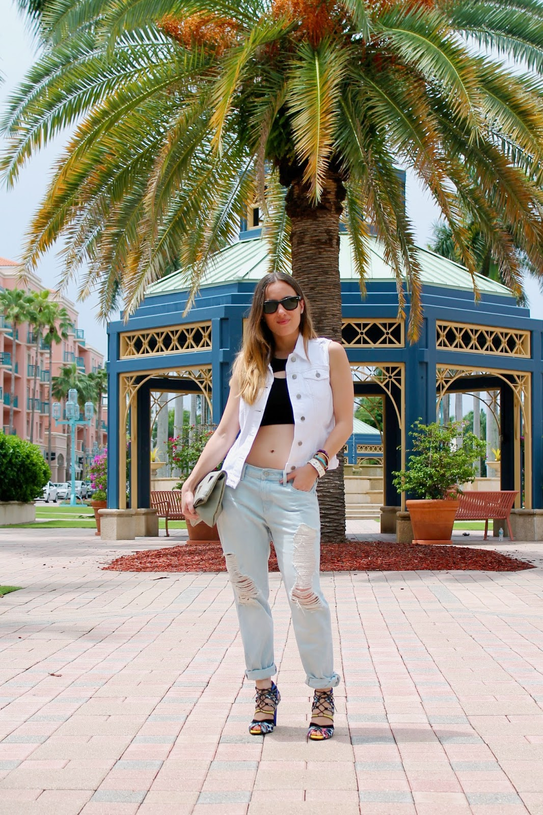 Gap, LF Stores, Zara, BCBGeneration, Nordstrom, Kate Spade, Ray-Ban, Miami fashion blogger, fashion blog, style blog, street style, classic, prep, distressed denim, denim vest, summer style, Gap Lincoln Road