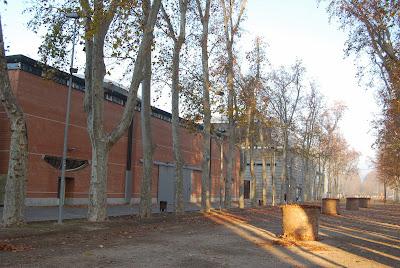 Palau Firal de Girona - Auditori / Palau de Congressos. Girona. Altres llocs d'interès. Devesa.