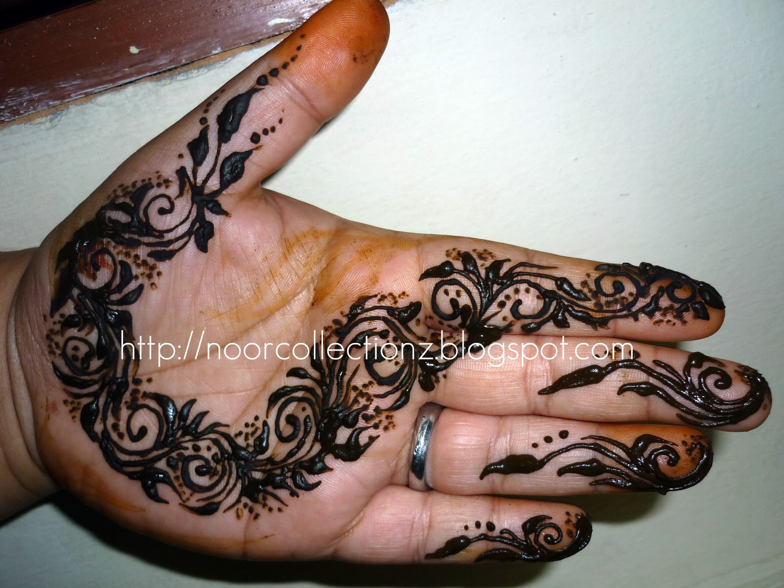 YOUR MALAYSIAN ONE STOP HENNA CENTER Henna Inai Emirates
