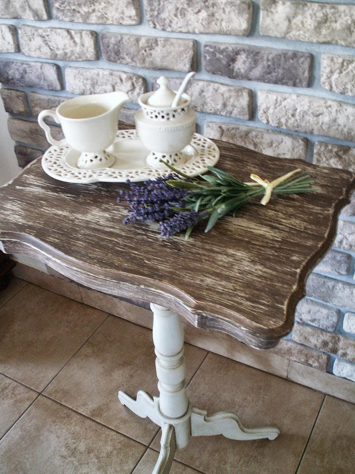 stolik po renowacji
