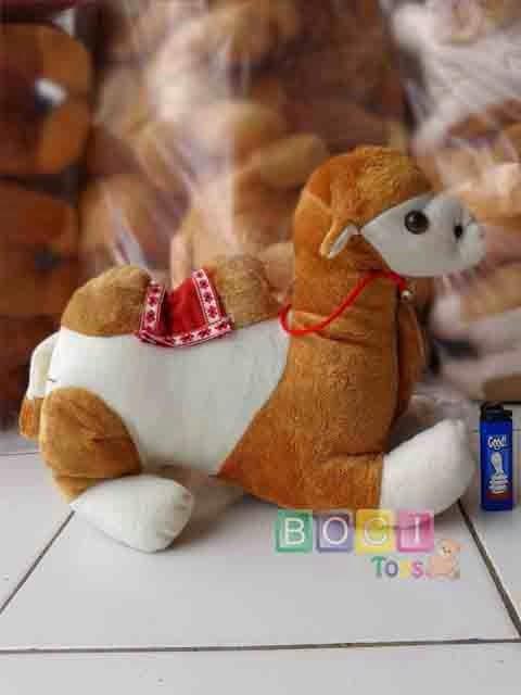 Boneka Camel