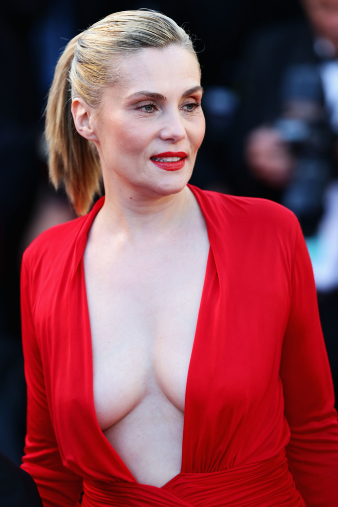 Emmanuelle Seigner Nude Photos 72