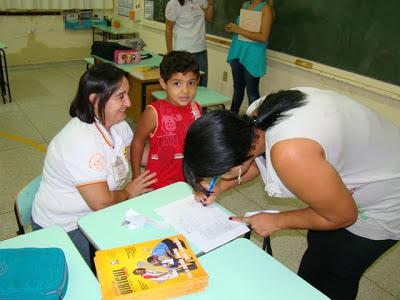 Aula em Escola Municipal de Birigui - Um Asno