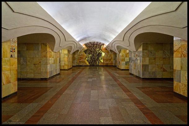 estações de metropolitano de Moscovo - Estação de Metro Shosse Entuziastov