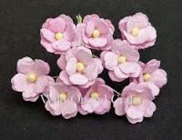 http://www.scrapek.pl/pl/p/Kwiatki-Sweetheart-Baby-Pink-z-rozowym-srodkiem/2670