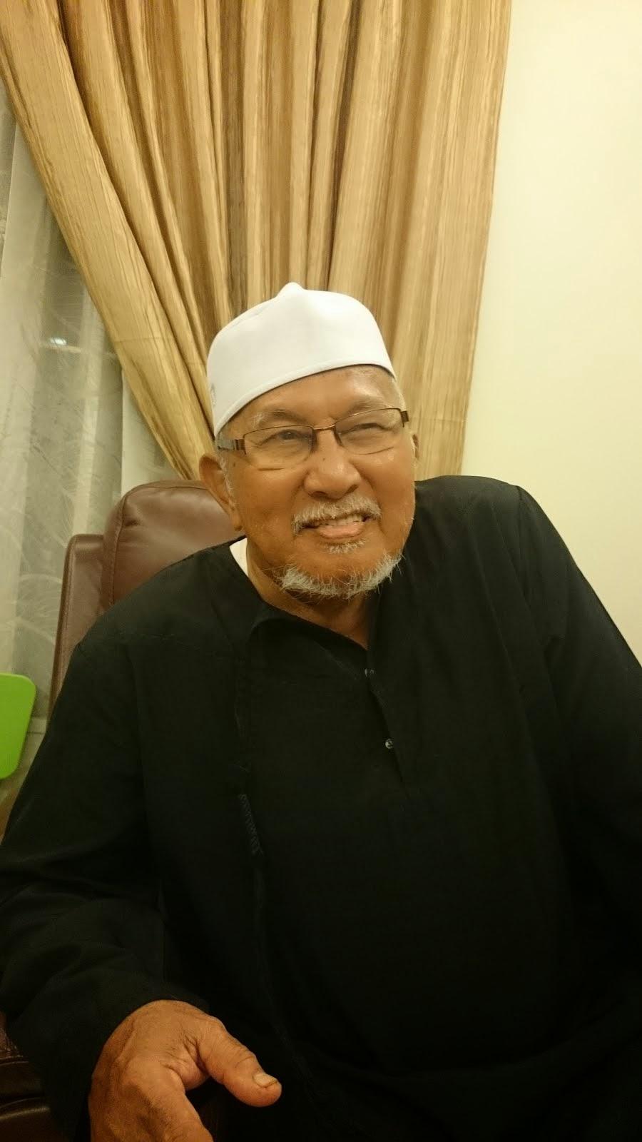 Haji Muhammed Hj Long@Cikgu Mat Tampal