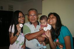 Abah, Akid, baby Hani & Tasha