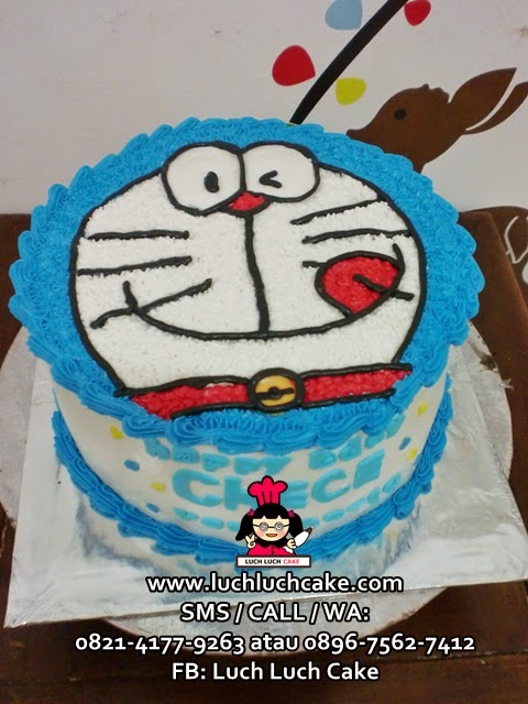 Kue Tart Kepala Doraemon