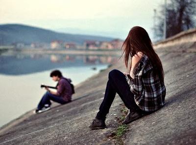 6 Tanda Wanita Diam-Diam Jatuh Cinta Pada Pria