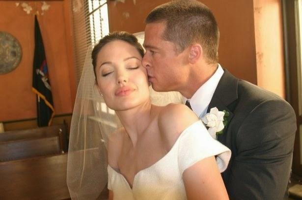 Gambar Brad Pitt dan Angelina Jolie berkahwin hujung minggu lalu