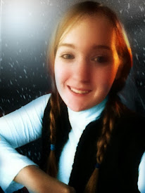 Hi, I'm Sam! (And yes, I am dressed up as Anna from Frozen in this picture.) Hope you like my blog!