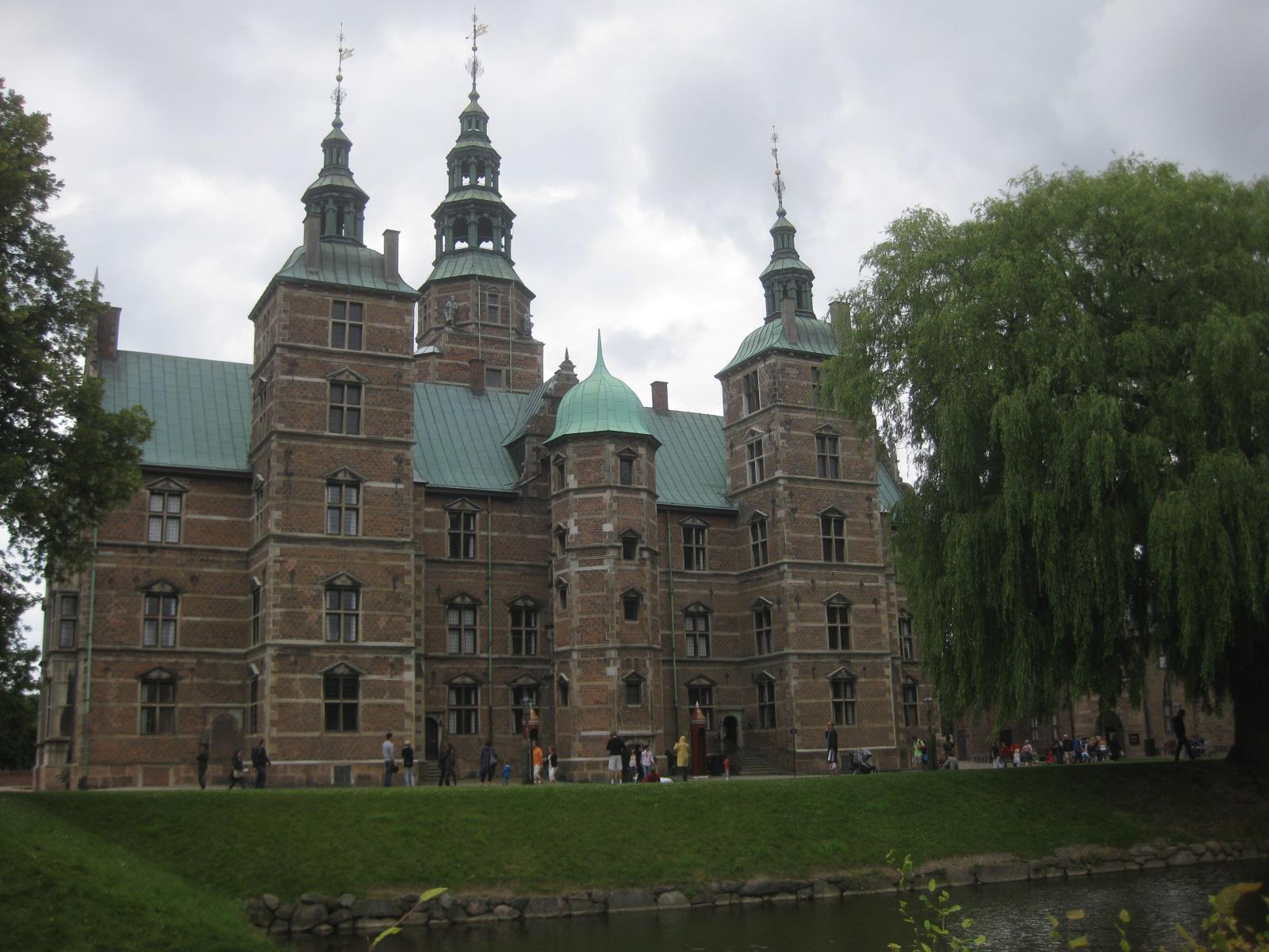 hannah 5: rosenborg castle & gardens - 491.7KB