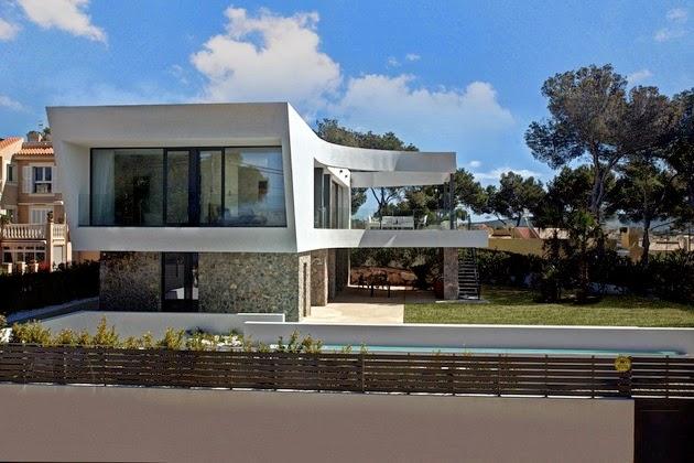 ... atap rumah minimalis akan dipengaruhi oleh cuaca dalam membuat atap