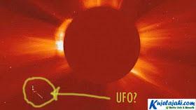 UFO Tertangkap Kamera NASA Mendekati Matahari - Kujelajahi.com
